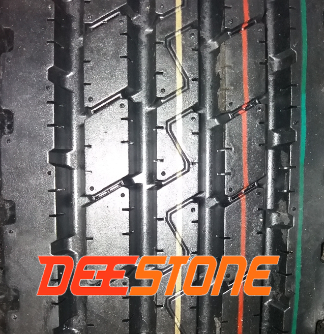 Рисунок протектора грузовой шины Deestone SV402